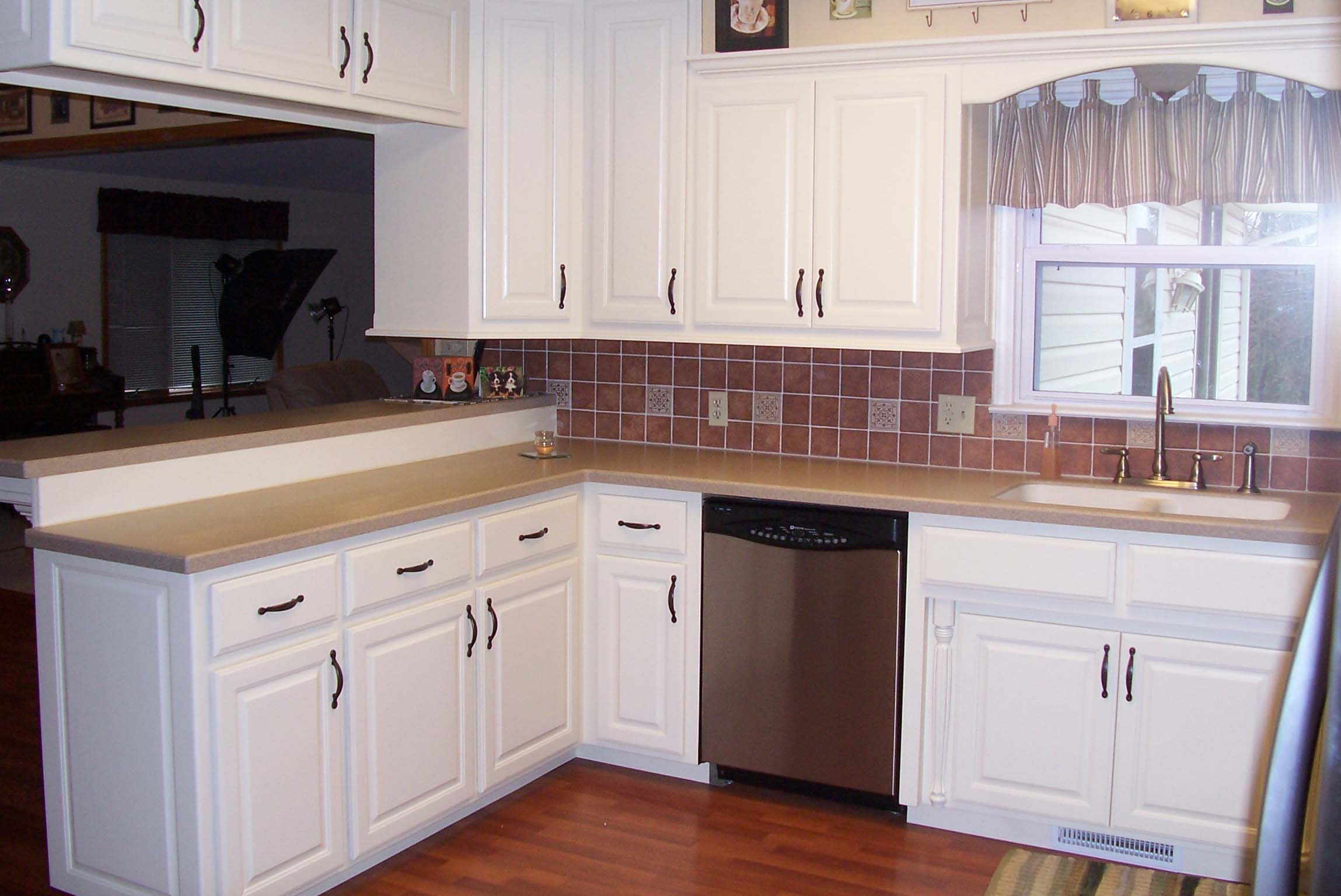 White kitchen storage cabinet Photo - 3