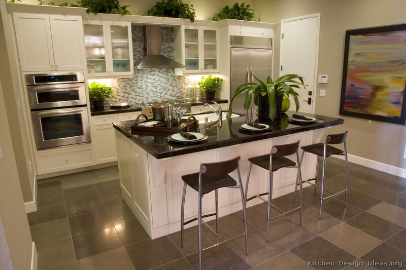 White kitchen wall cabinets Photo - 12