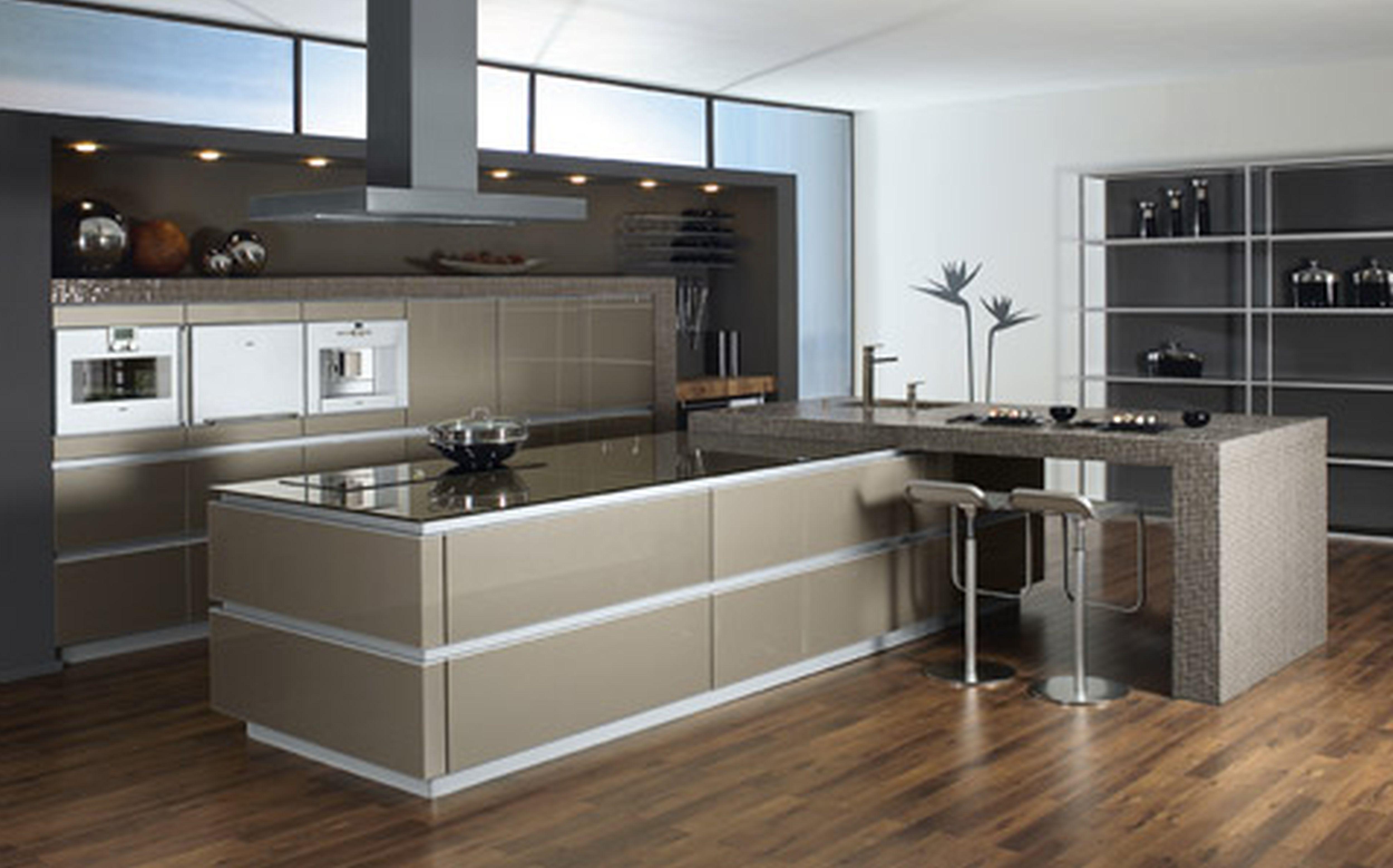 White moen kitchen faucet Photo - 2