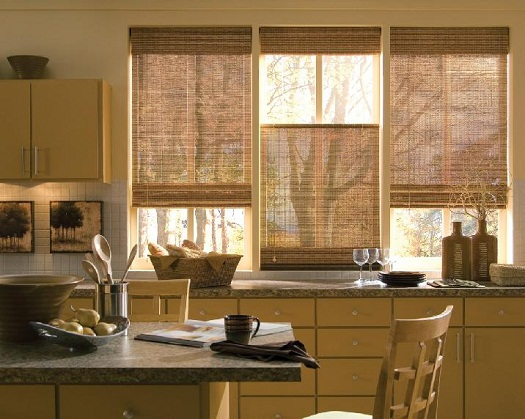 Window treatments for sliding glass doors in kitchen Photo - 1