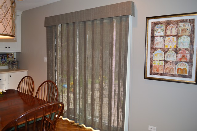 Window treatments for sliding glass doors in kitchen Photo - 4