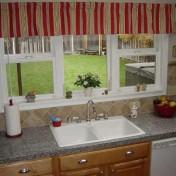 Window valances for kitchen Photo - 1