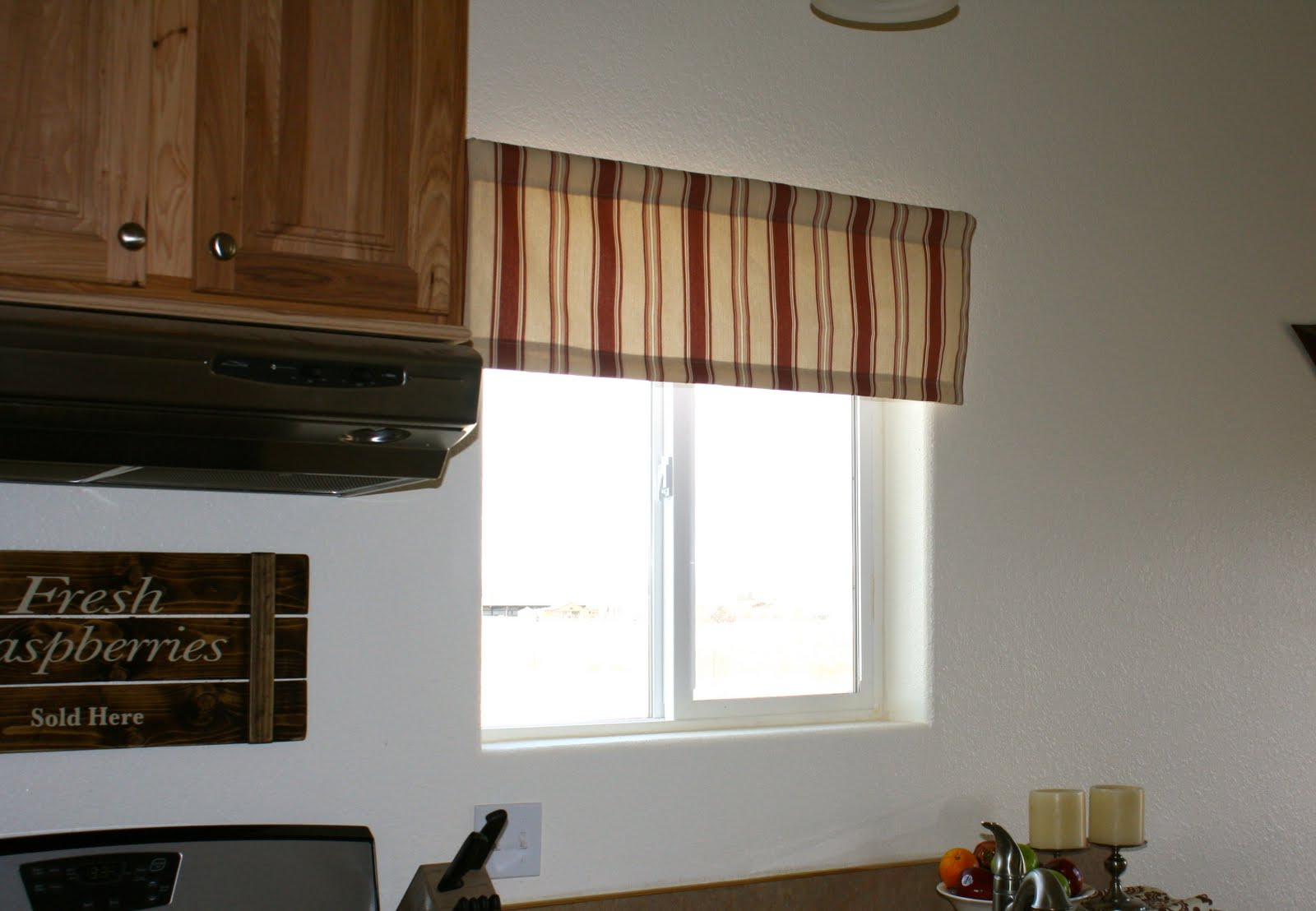Window valances for kitchen Photo - 4