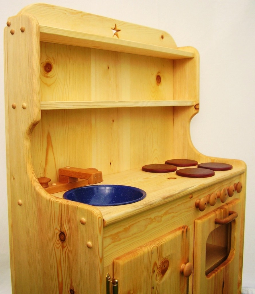 Wooden kitchen sets for toddlers Photo - 1
