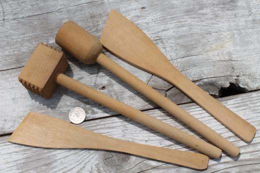 Wooden kitchen spoons Photo - 10