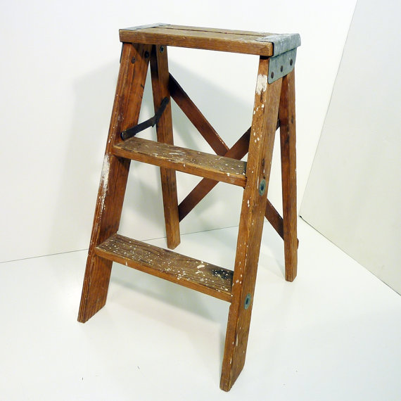 Wooden kitchen step stool Photo - 8