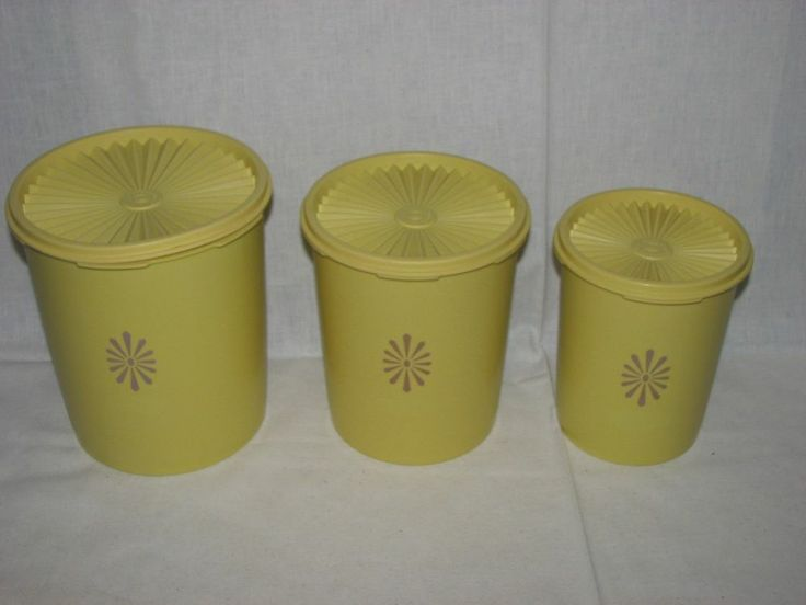 Yellow kitchen canisters Photo - 3