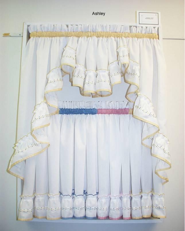 Apple kitchen curtains photo - 1