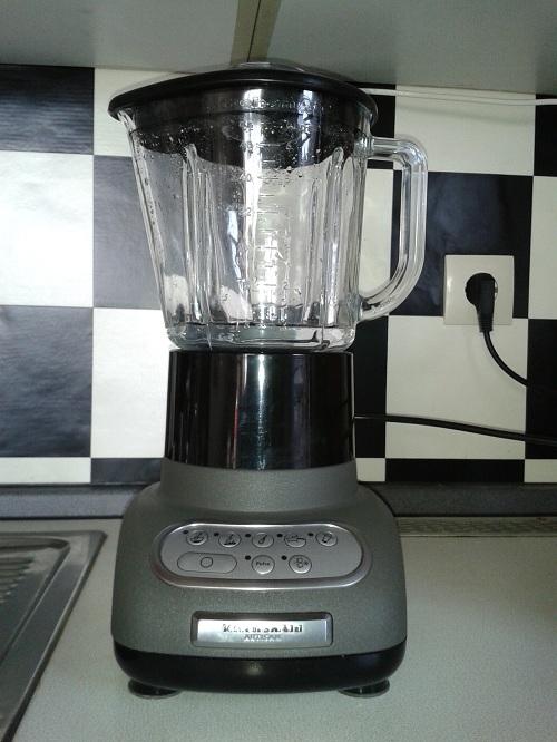 Artisan kitchenaid stand mixer photo - 2