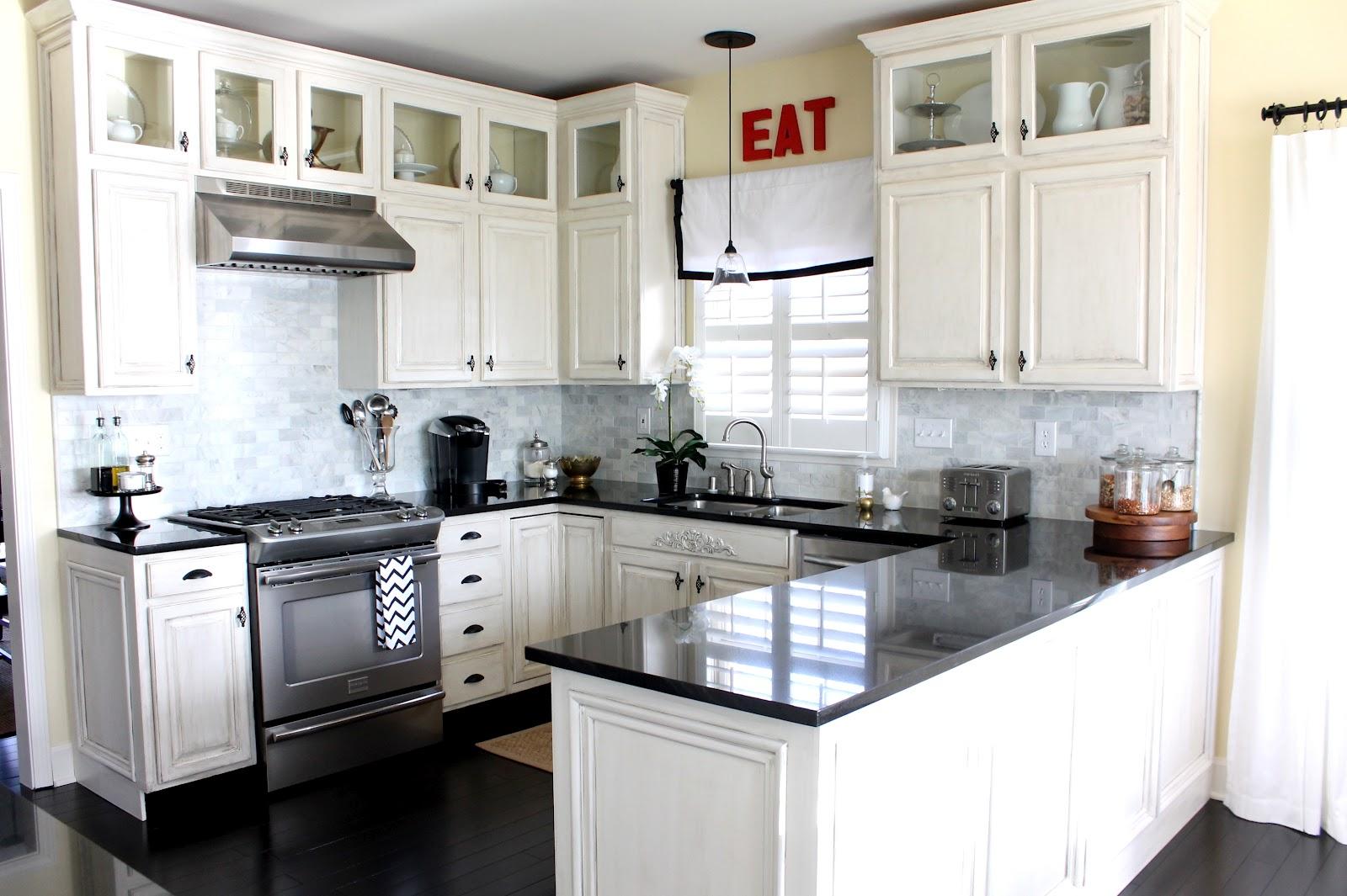 Bistro kitchen tables photo - 3