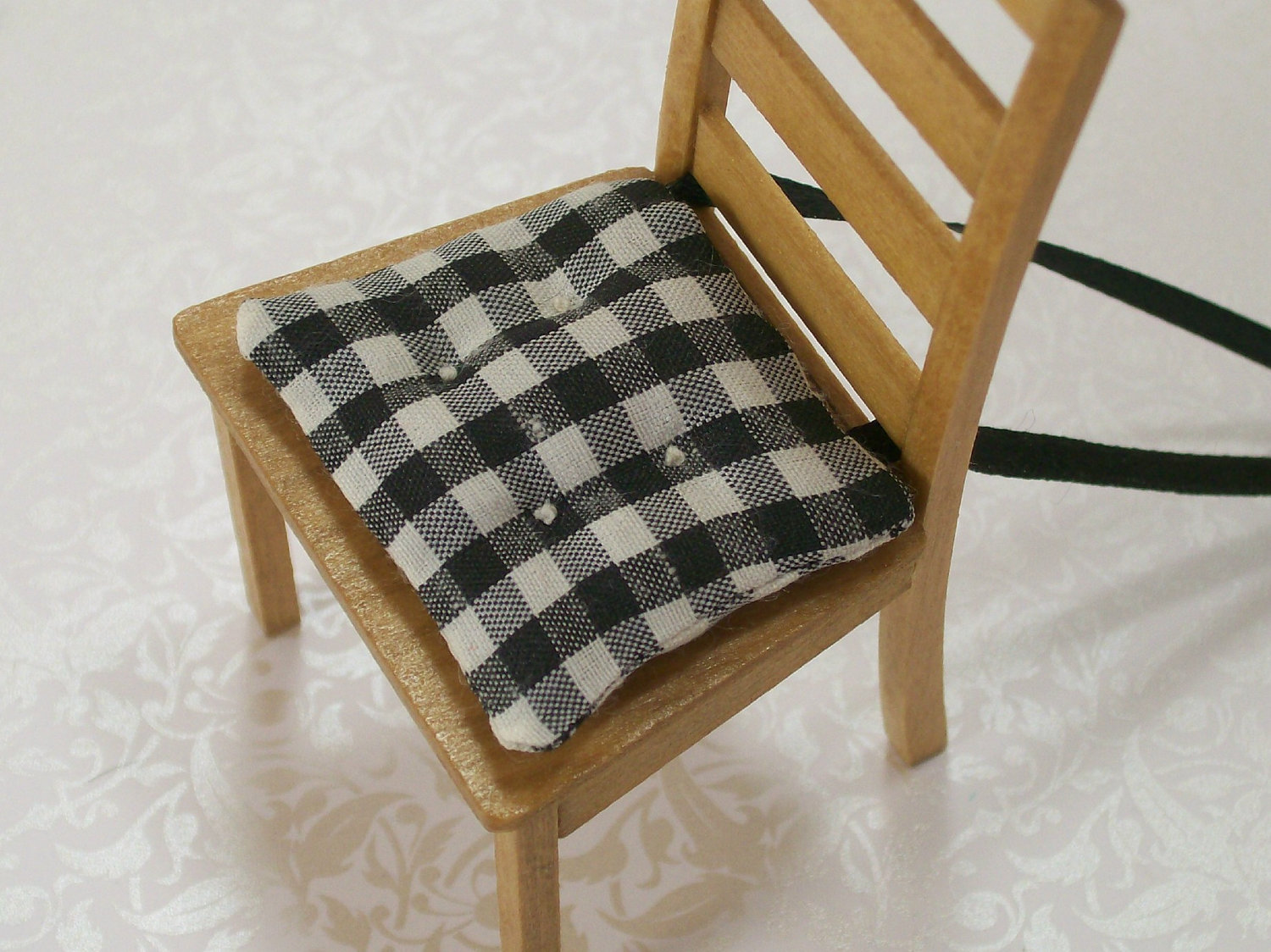 Black kitchen chair cushions photo - 1