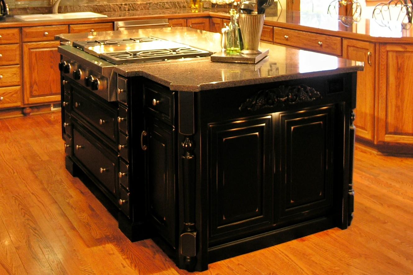 Black kitchen island photo - 2