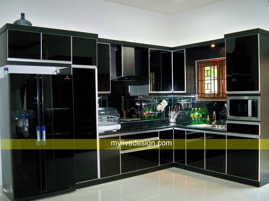 Black kitchen pantry photo - 1