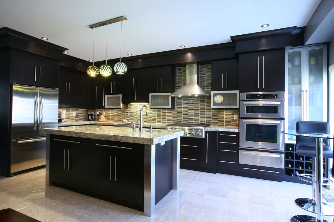 Brown kitchen appliances photo - 3