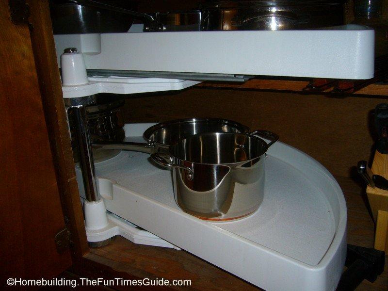Cabinet racks kitchen photo - 1