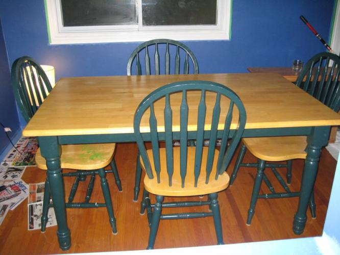 Country kitchen table and chairs photo - 3