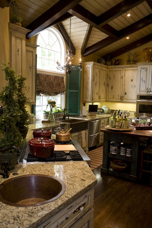 Country style kitchen island photo - 2