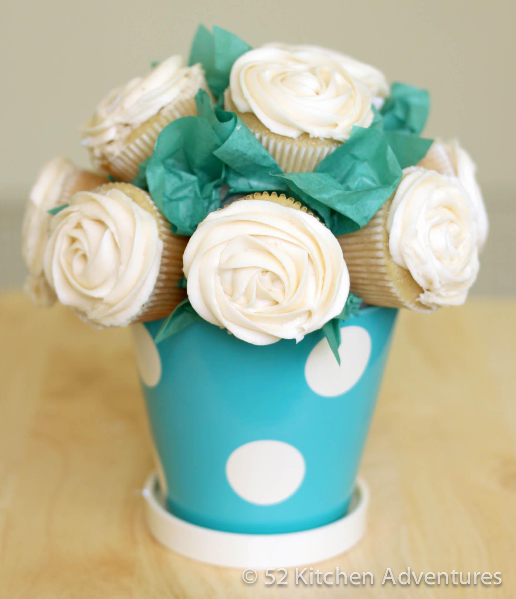 Cupcake decor for kitchen photo - 2