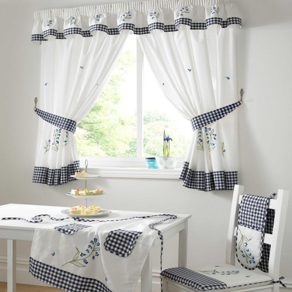 Curtains for kitchen door photo - 2