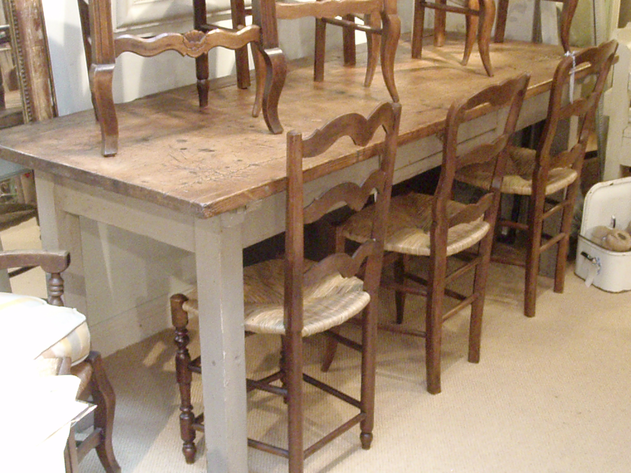 Farmhouse kitchen table and chairs photo - 2