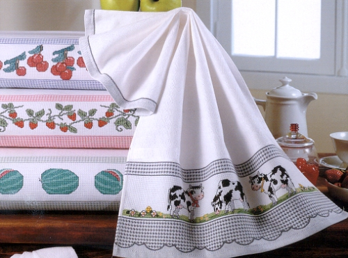 Green kitchen towels photo - 2