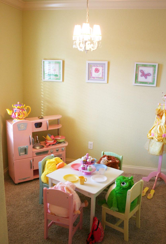 Kidkraft vintage kitchen in pink     Kitchen ideas