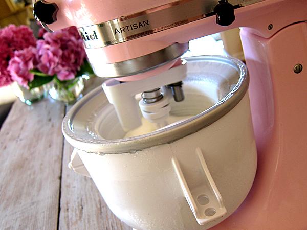 Kitchen aid ice cream maker attachment photo - 1