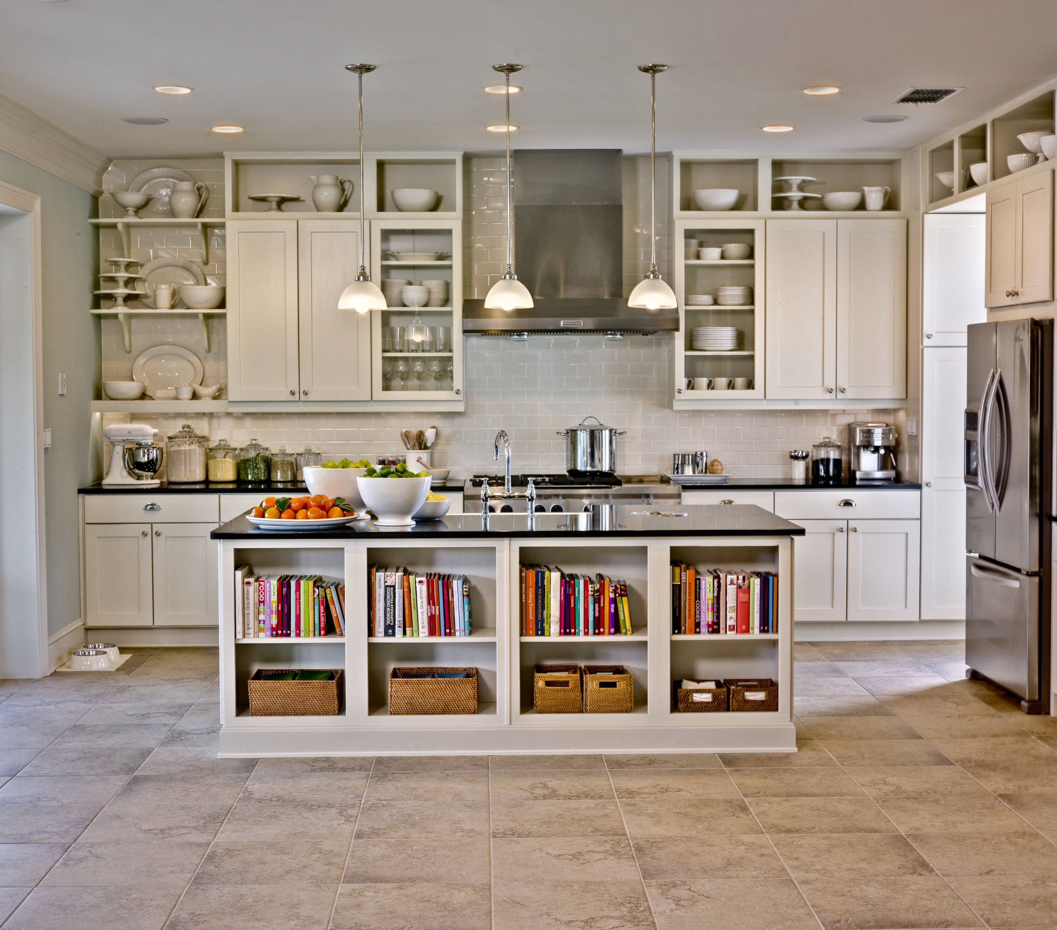 Kitchen cabinets storage solutions photo - 3