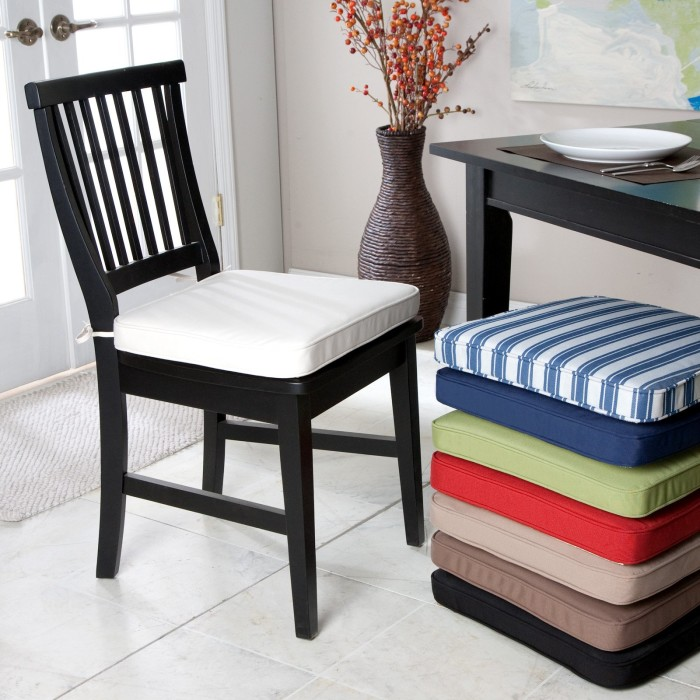 Kitchen chair cushions photo - 3