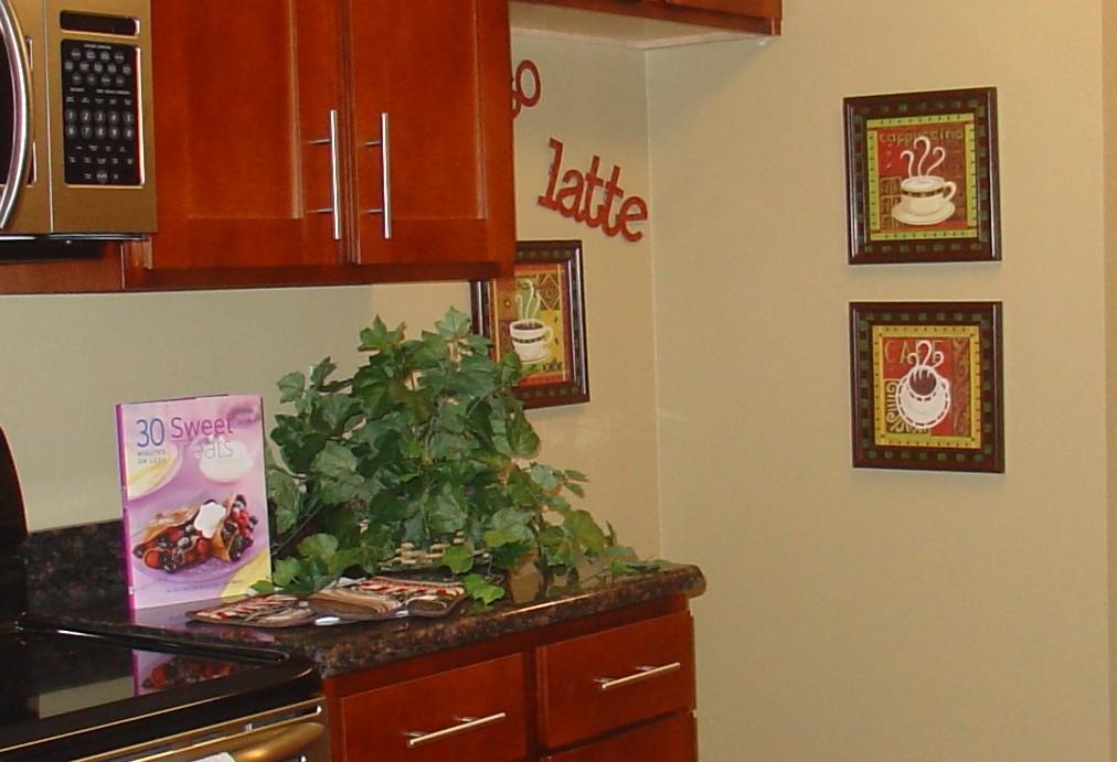 Kitchen coffee decor photo - 3