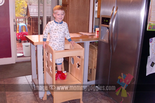 Kitchen helper stool photo - 1