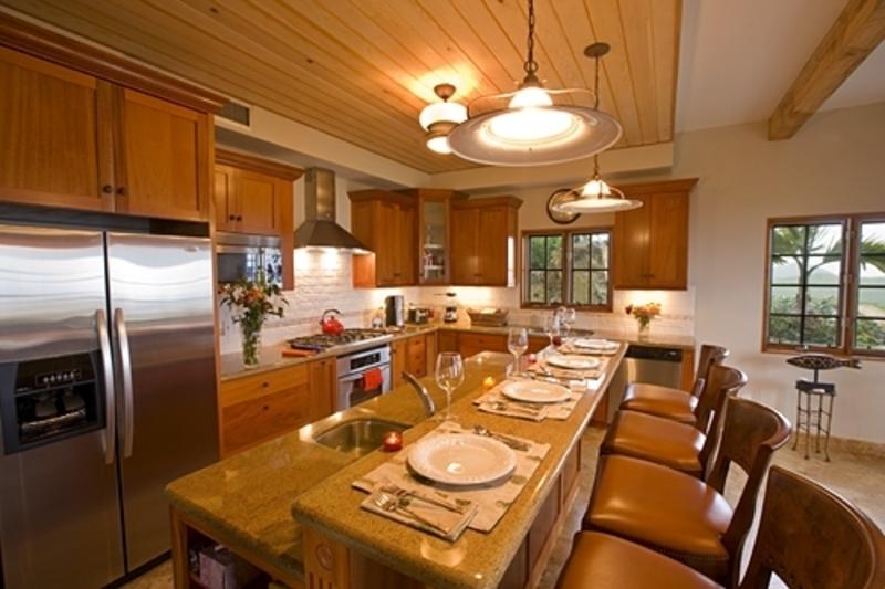 Kitchen island bar photo - 2