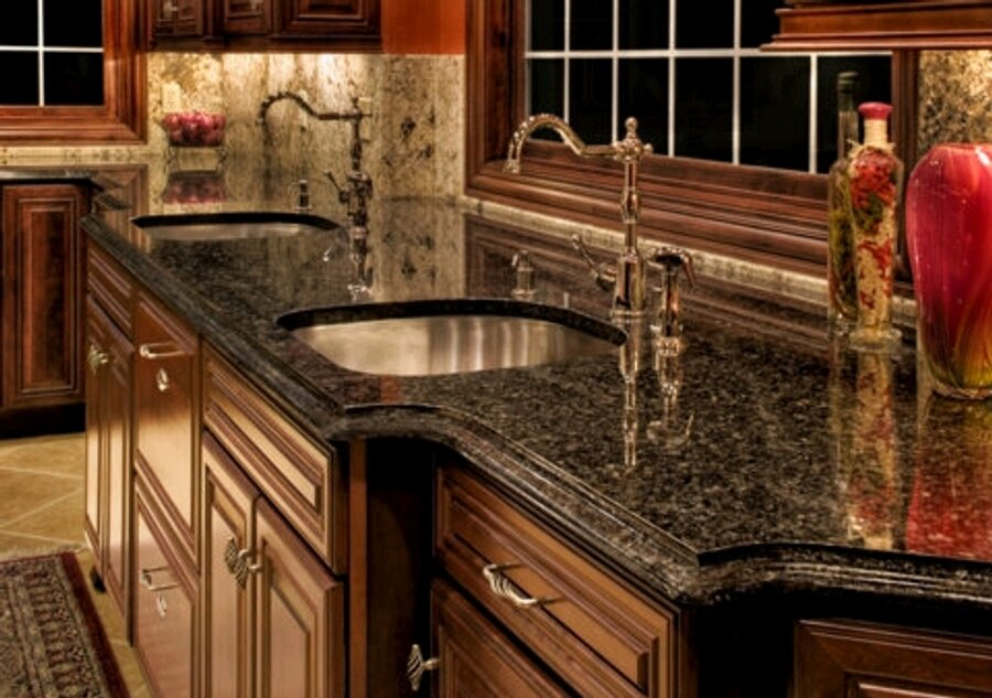 Kitchen island black granite top photo - 3