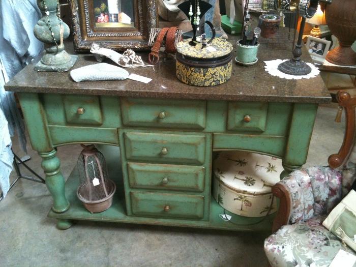 Kitchen island furniture photo - 1