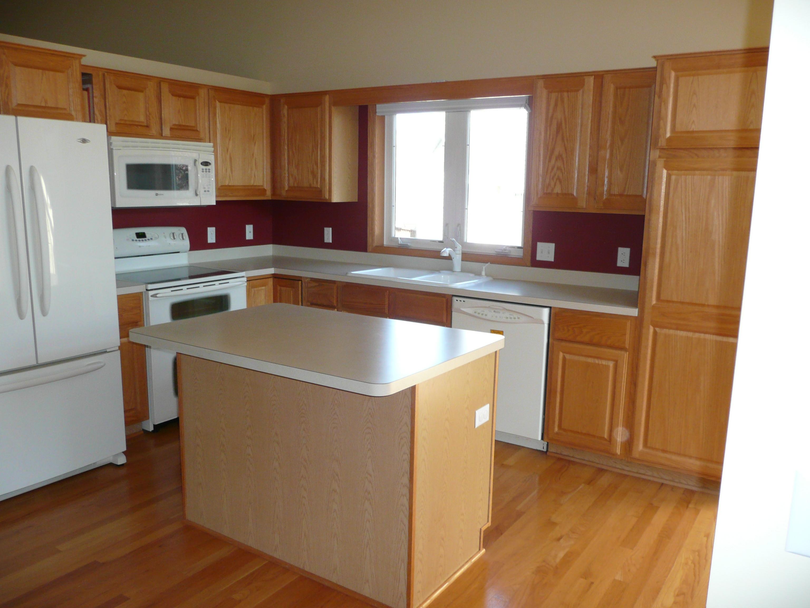 Kitchen island furniture photo - 3