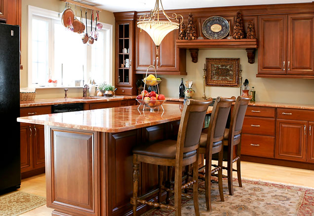 Kitchen island with 4 stools photo - 2