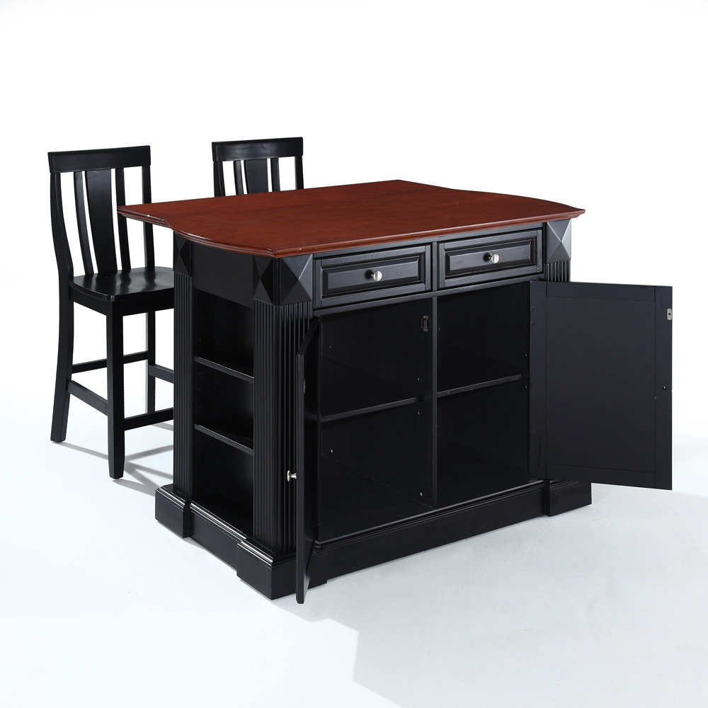 Kitchen island with bar stools photo - 3