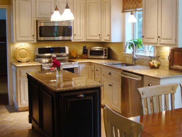 Kitchen island with drawers photo - 2