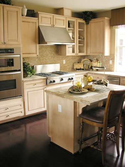 Kitchen islands with stools photo - 2