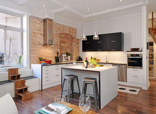 Kitchen islands with storage and seating photo - 1