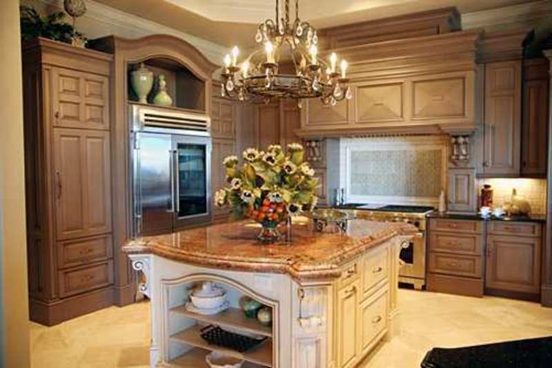 Kitchen islands with storage and seating photo - 2