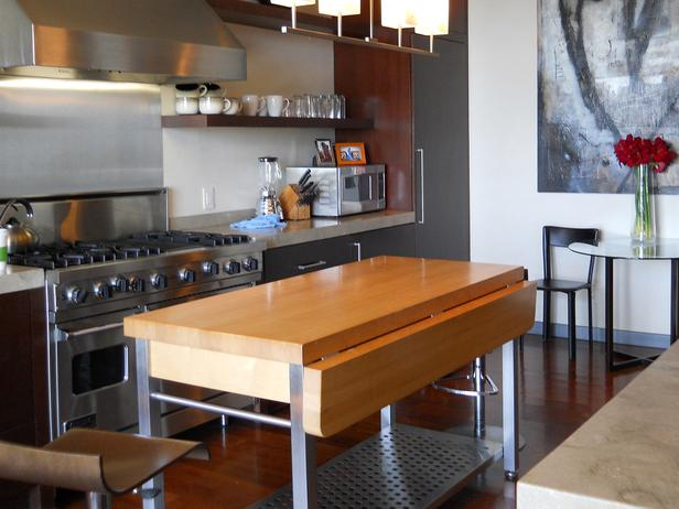 Kitchen movable islands photo - 2