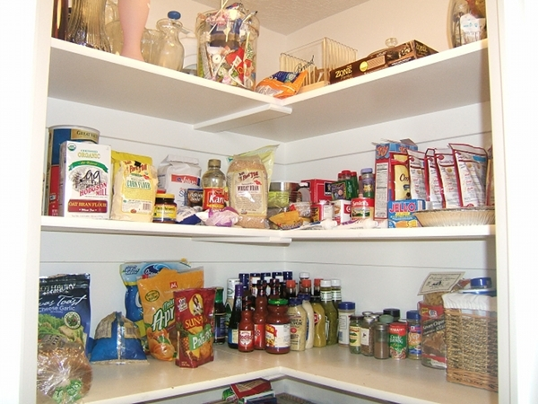 10 photos to kitchen pantry shelves - Kitchen Pantry Organizers