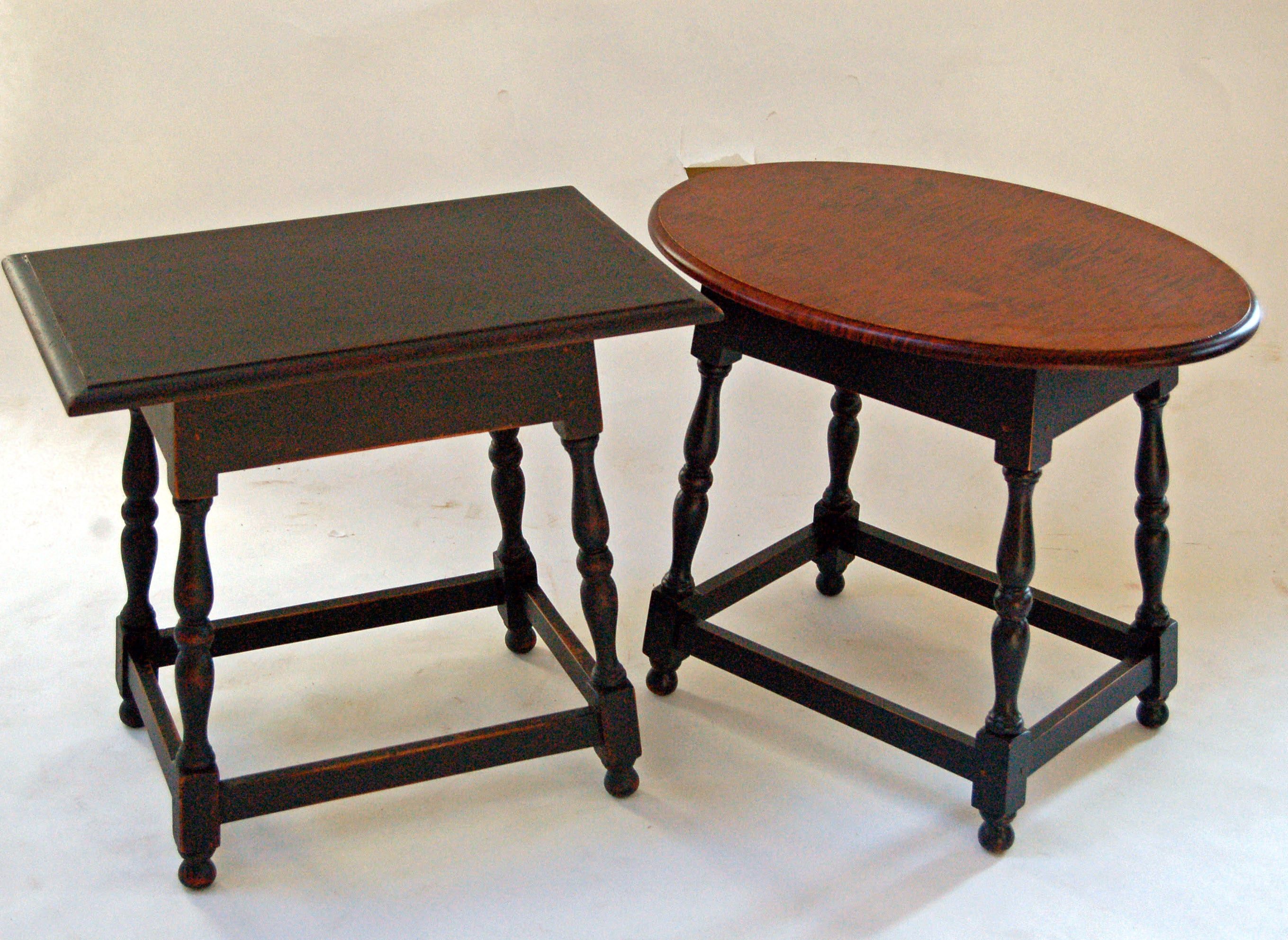 Kitchen round tables photo - 3