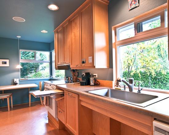 Kitchen sink cutting board photo - 3