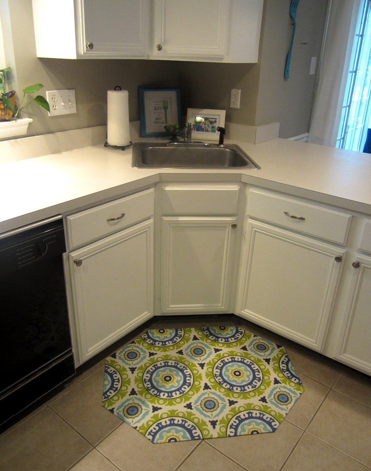 Kitchen sink floor mats photo - 1
