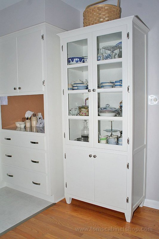 Kitchen stand alone cabinet photo - 3