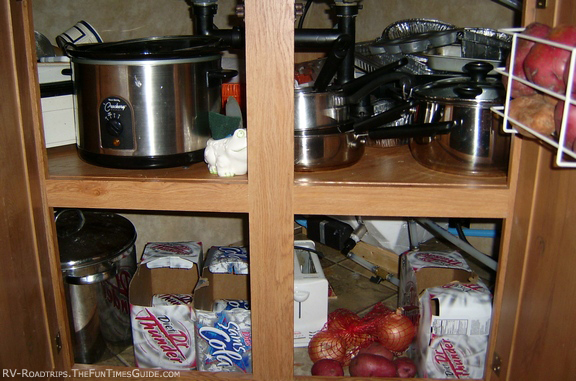 Kitchen storage for pots and pans photo - 2