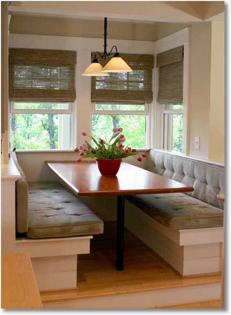 Kitchen table sets with benches photo - 3