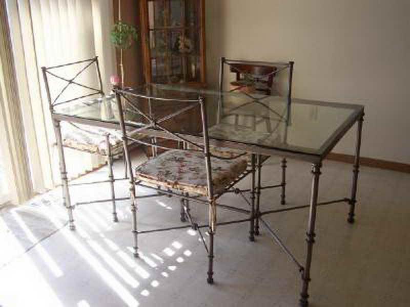 Kitchen table tall photo - 2